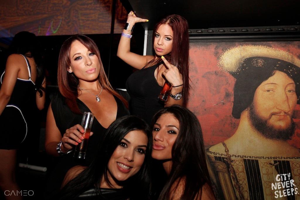 ladies2